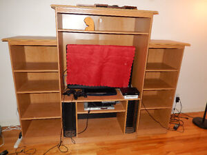 TV Cabinet *Very good condition* *Negociable*