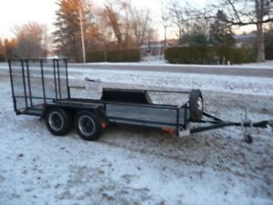 UTILITY TRAILER 12X6 WITH RAMP @51 IN X 8 FT UTILITY