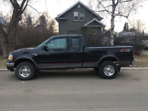 02 Ford F-150............Low Kms
