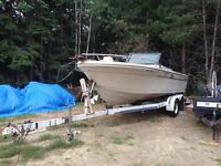 22 ft boat with trailer runs great 1800$ obo
