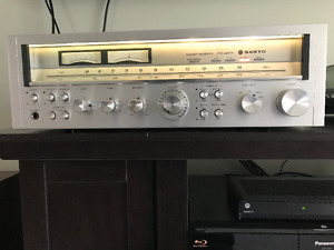 Vintage Sanyo JCX 2400K Receiver