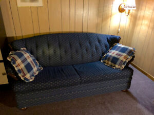 Sofa (with pull-out bed)