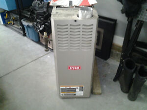 BRYANT MID EFFICIENT FURNACE **REDUCED**