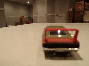 '69 DODGE CHARGER DAYTONA AMERICAN MUSCLE ERTL COLLECTIBLES DIE Sarnia Sarnia Area image 4