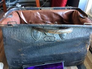 Antique doctor bag and lots more  Windsor Region Ontario image 5