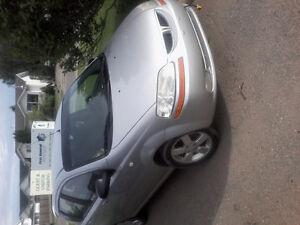 2006 Pontiac Wave Silver Hatchback