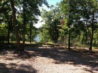 Waterfront lot Lee River