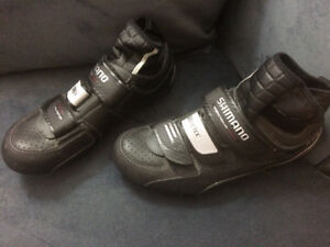 brand new Shimano Goretex cycling shoes