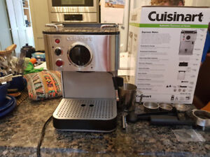 Cuisinart Espresso machine (great condition, barely used)