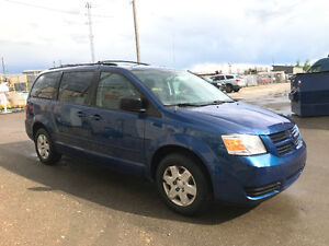 2010 DODGE CARAVAN SE 163000 STOW AND GO 7 PASSANGER