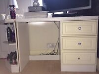 WHITE DESK/DRESSER WITH 3 DRAWERS AND CORNER UNIT