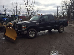 2009 F350 4x4 Ford XL diesel truck with snow plow