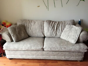 Queen sofa bed+computer chairs-everything needs to go London Ontario image 1