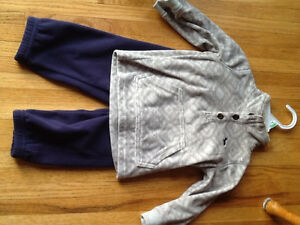 Carters fleece outfit new