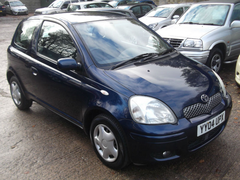 04 toyota yaris 1 0 vvt i blue in sheffield south yorkshire gumtree. Black Bedroom Furniture Sets. Home Design Ideas