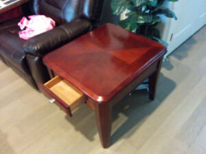 2 solid wood living room tables