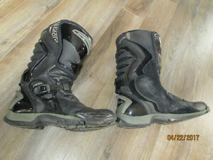 Bike boots  Teknic and icon Gloves