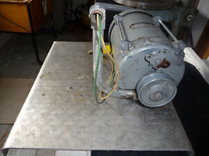 electric motor Cambridge Kitchener Area image 1