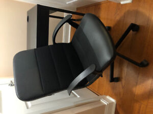 IKEA Micke Desk and Chair
