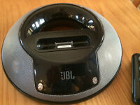 JBL SPEAKER DOCKING STATION