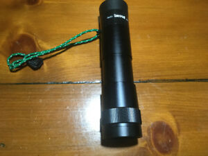 Lunette  de VIsé (Spotting Scope). SPECWELL 8x30