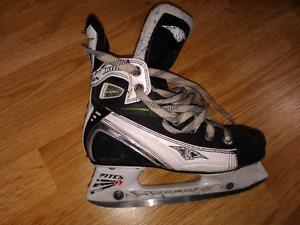 Hockey skates size 4
