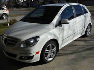 2011 Mercedes-Benz B-Class Avantegarde B200 Hatchback