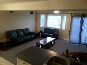 2 Bdr available for students close to UoG – Guelph May 1