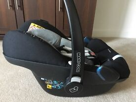 Maxi-Cosy Pebble Plus (I-size) car seat