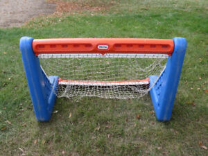 Little Tykes Soccer Net