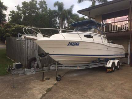 Cruise Craft 685 Outsider twin 140 Suzuki 4 strokes power economy