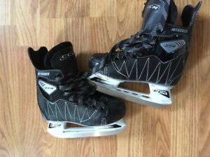 CCM Intruder skates size 11 juniors