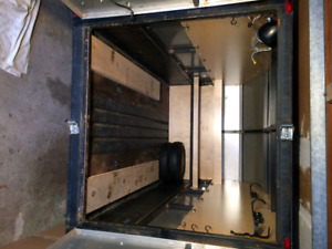 5' x 8' Enclosed Trailer.