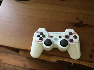 Very RARE PS3 Controller / Manette extremement rare PS3.