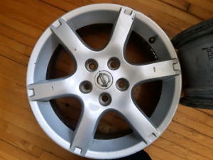 "Mags 16"" Nissan 120$"