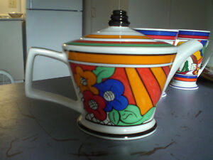 Tea Pot --Clarice Cliff inspired teapot, cups, coasters Stratford Kitchener Area image 7