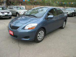 2009 Toyota Yaris power windows/power lock Sedan