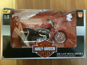 Maisto Harley Davidson Sportster 883 model for sale!