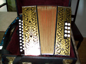HOHNER BUTTON ACCORDION