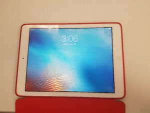 Ipad air 32gb in very good condition 300$ negotiable
