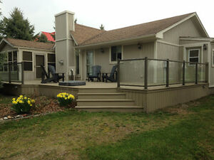 SPACIOUS COTTAGE GRAND BEND family oriented fall weeks weekends