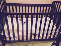 Crib and matching change table/drrsser