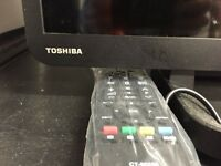 TOSHIBA 32-inch LED TV 32W2433DB