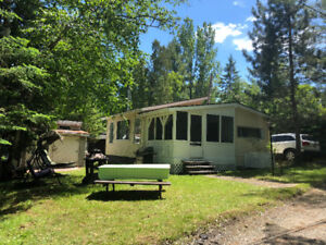 Roulotte chalet (Camping Quebecamp)