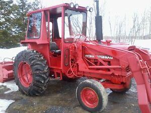 tracteur inter 65 hp avec soufleur et buket