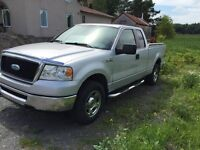 2008 Ford F-100 Camionnette