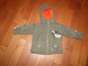manteau enfants 3,4,5,6,6X,7et 8 ans