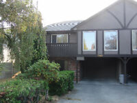 Central Saanich - 3 bedroom duplex November 1st
