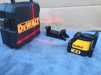 DeWalt DW088K (Used Once) Self Levelling Cross Line Laser Level