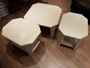 Coffee tables for sale - 100$ for the set
